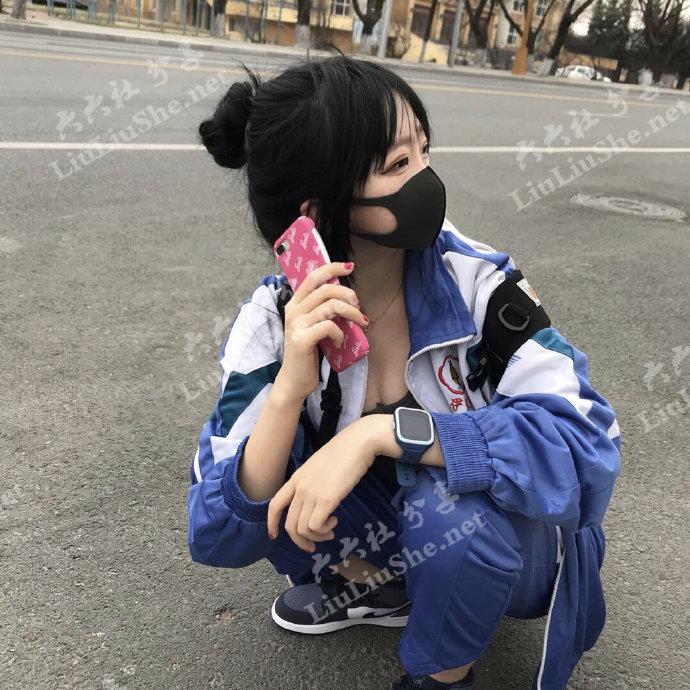 """快手一个戴口罩穿校服的女生火了,网传是""""狗司令太子"""" liuliushe.net六六社 第6张"""