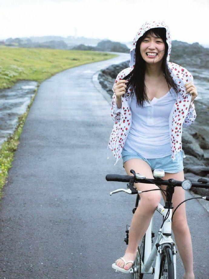 「乃木坂46」第一美腿 高山一実