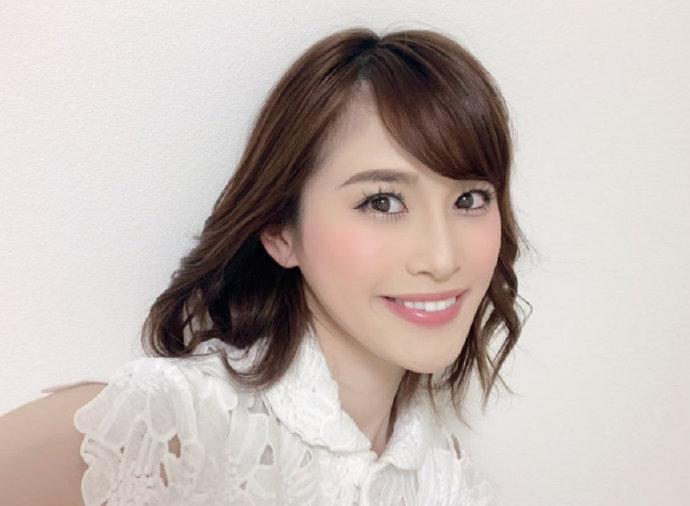 2019年8月出道大型新人神咲舞介绍:最美丽的32岁漂亮妻子!
