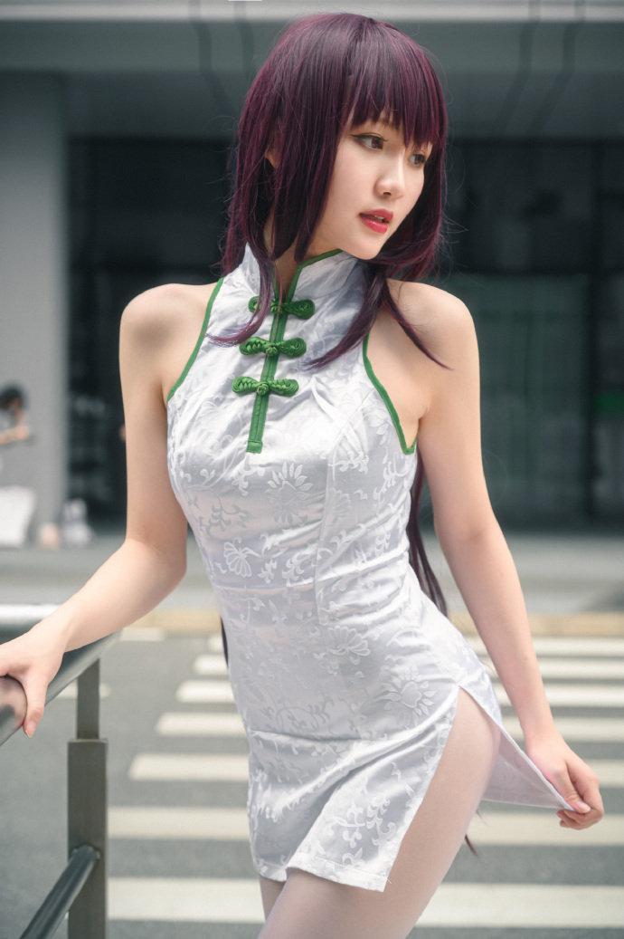 【微博好看的妹子】这旗袍,这白丝,非常诱惑的美女身材!,あのあるる