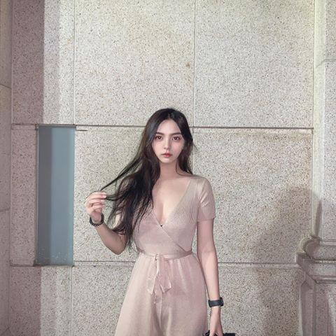 【金源娱乐】那位被称为是最美打工妹的邱苡瑄!