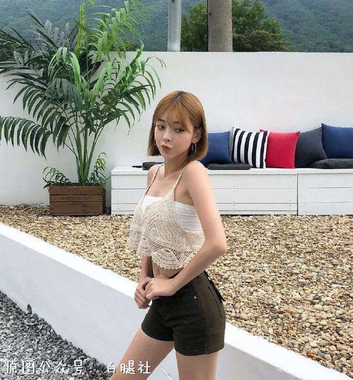 【金源平台ins美女】韩国模特姜泰莉完美裸背吸引眼球