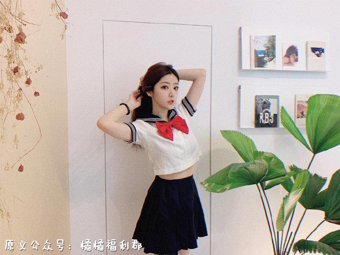 【金源平台ins美女】来自台湾的美腿网红女主播身材真棒