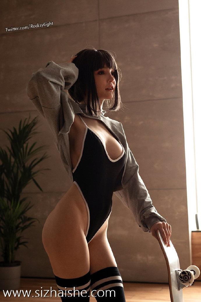平胸也可以很性感!超可爱的俄罗斯小姐姐Rocksy light带着她的新作品来啦!