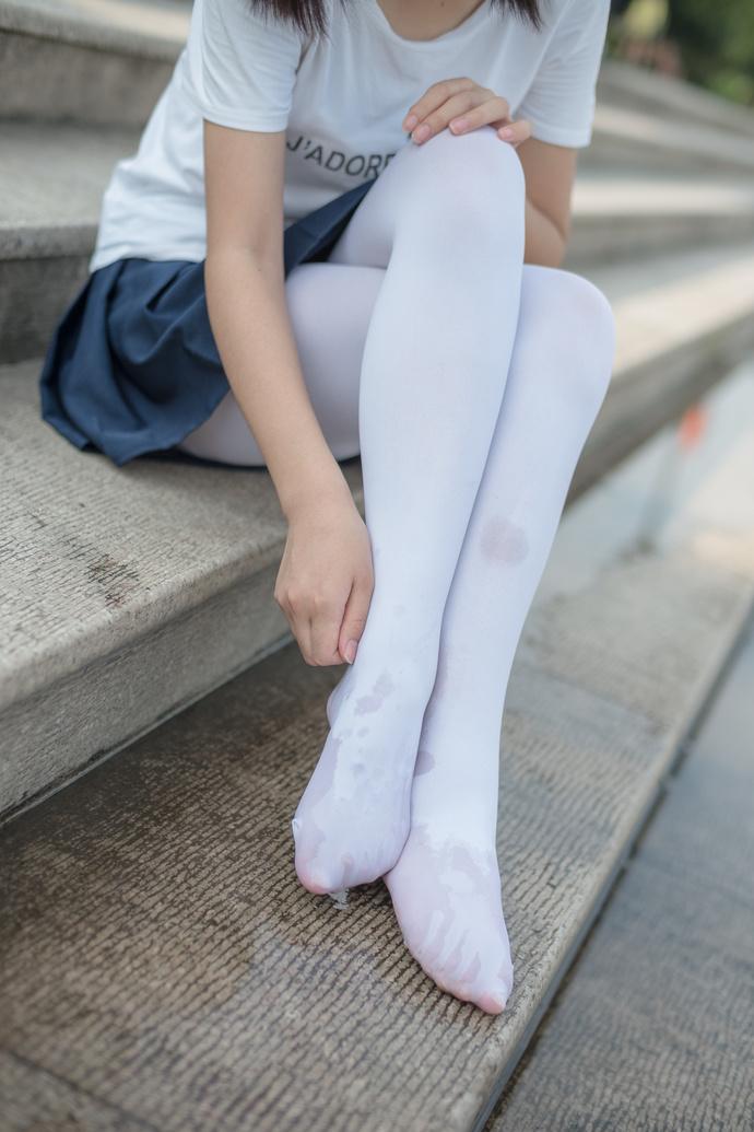 要把袜袜弄脏的白丝萝莉 森萝财团