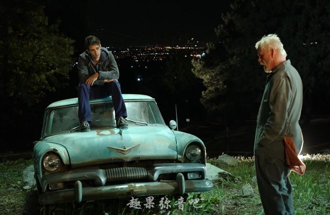 《深夜加油站遇见苏格拉底》剧照
