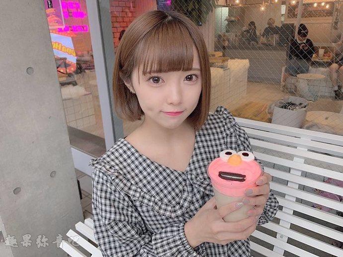 「吃肉包的福山梨乃」:来自日本女团アキシブproject的樱花妹-爱趣猫