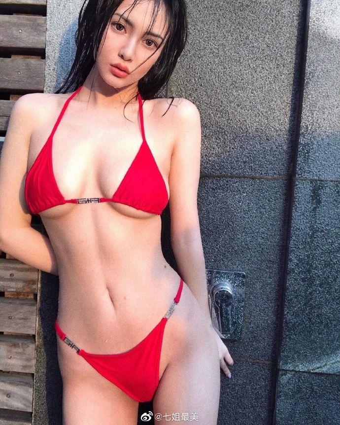 小姐姐红色比基尼?,果然很美!