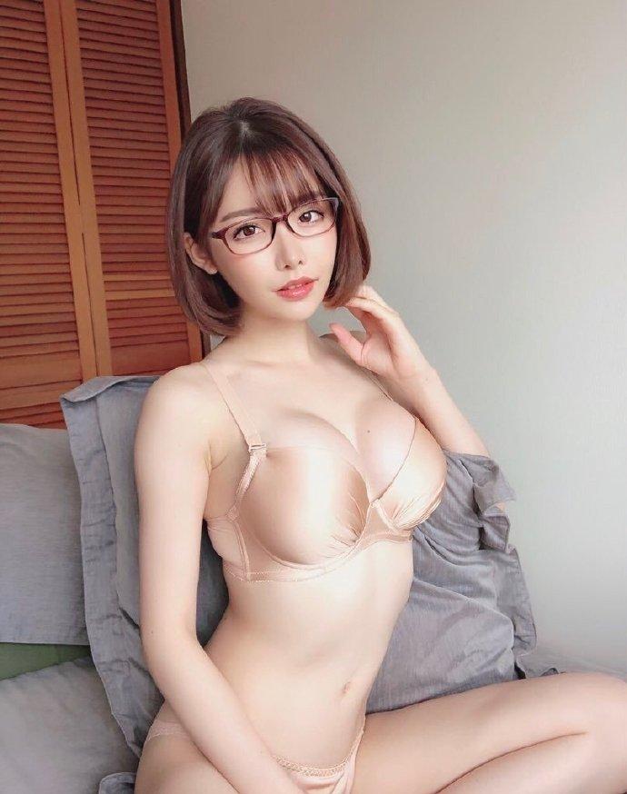 """超发片机器人女神""""深田咏美""""-觅爱图"""