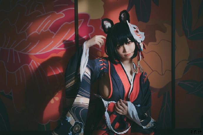 犬神洛洛子cosplay丨碧蓝航线战列舰姐妹扶桑与山城(33P)