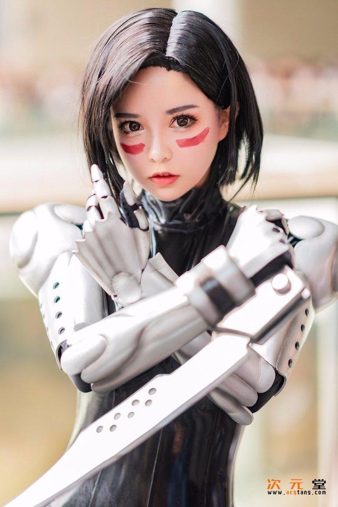 [coser六二二同学]cosplay神还原战斗天使阿丽塔插图(15)