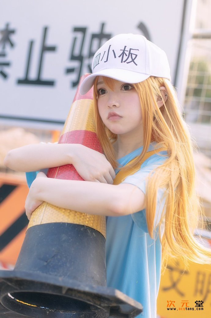 [coser六二二同学]cosplay神还原战斗天使阿丽塔插图(18)
