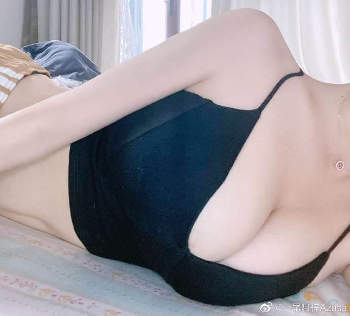@一尾阿梓Azusa 的身材真好!www.coserba.com收集发布