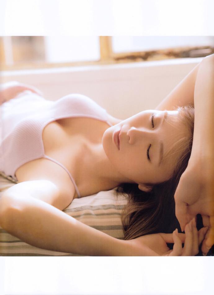 白石麻衣 乃木坂46 white 写真集