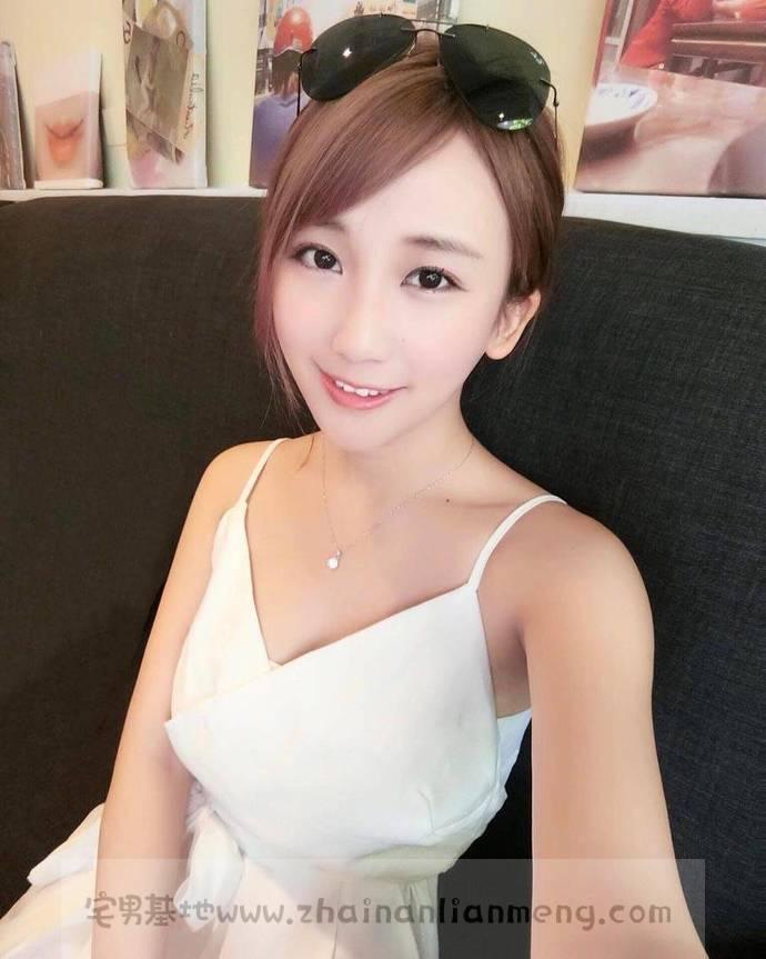 嫩白妹纸「Amilus Hu」,宝岛的美少女咨询师,真正的肤白貌美。插图(31)