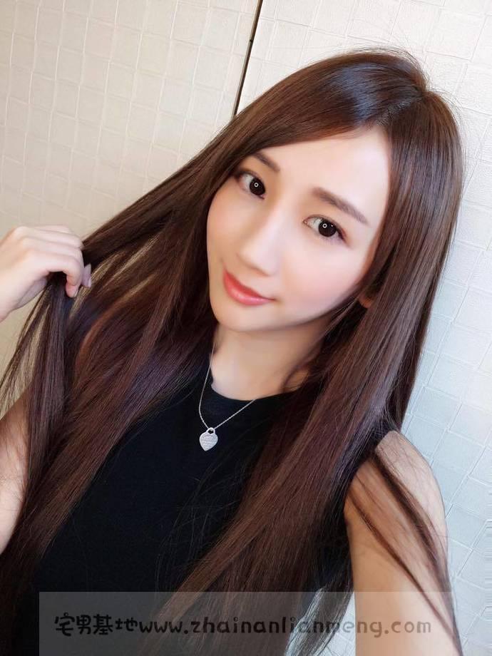 嫩白妹纸「Amilus Hu」,宝岛的美少女咨询师,真正的肤白貌美。插图(36)