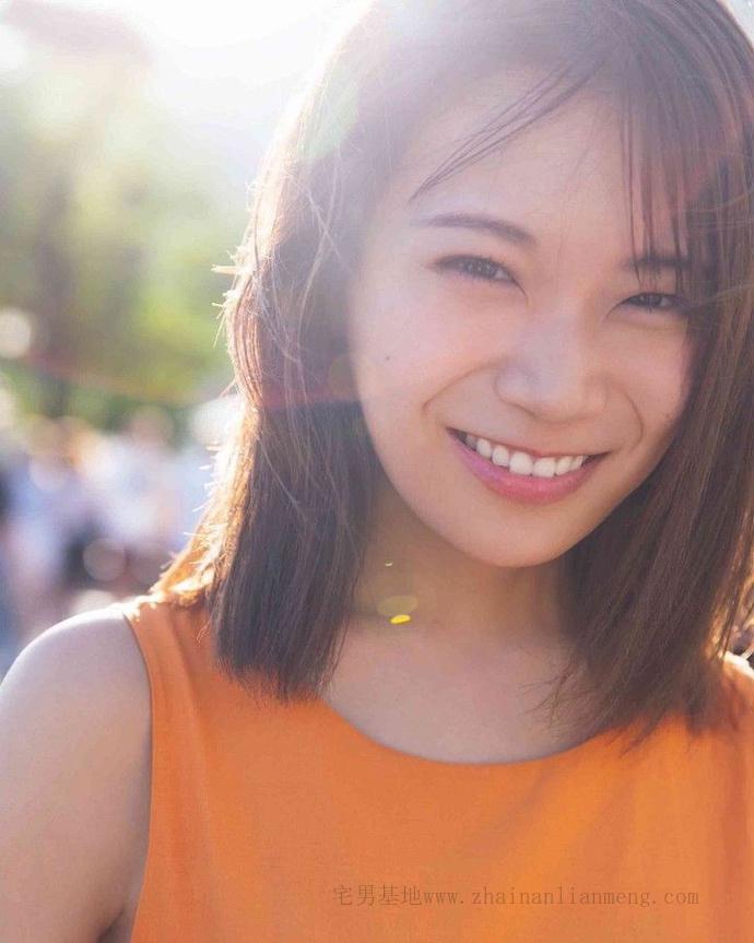 乃木坂46的队长「秋元真夏」推出了个人第二张写真集《想要幸福》插图5