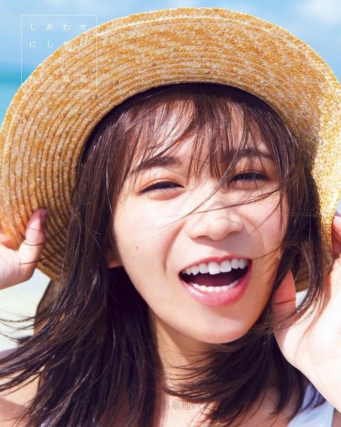 乃木坂46的队长「秋元真夏」推出了个人第二张写真集《想要幸福》插图2