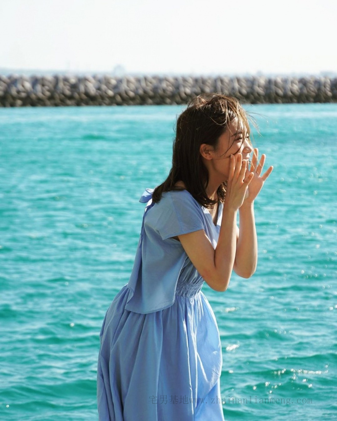 乃木坂46的队长「秋元真夏」推出了个人第二张写真集《想要幸福》插图13