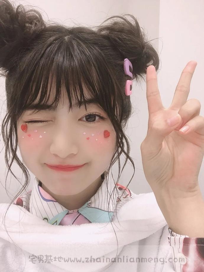 岛国最可爱高中生【吉田莉樱】,天使素颜的邻家小妹发行第一本专辑