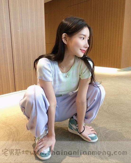 韩国美少女DJ MIU,皮肤白皙身材饱满笑容甜美,最重要的是超胸猛!插图(13)