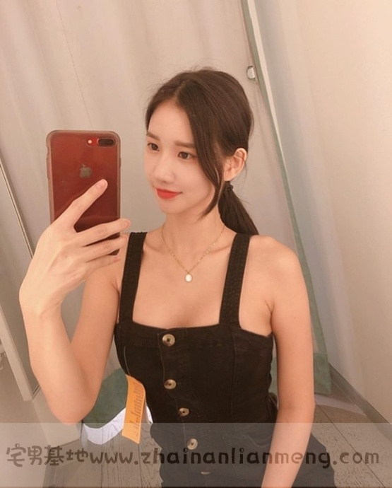 韩国美少女DJ MIU,皮肤白皙身材饱满笑容甜美,最重要的是超胸猛!插图(17)