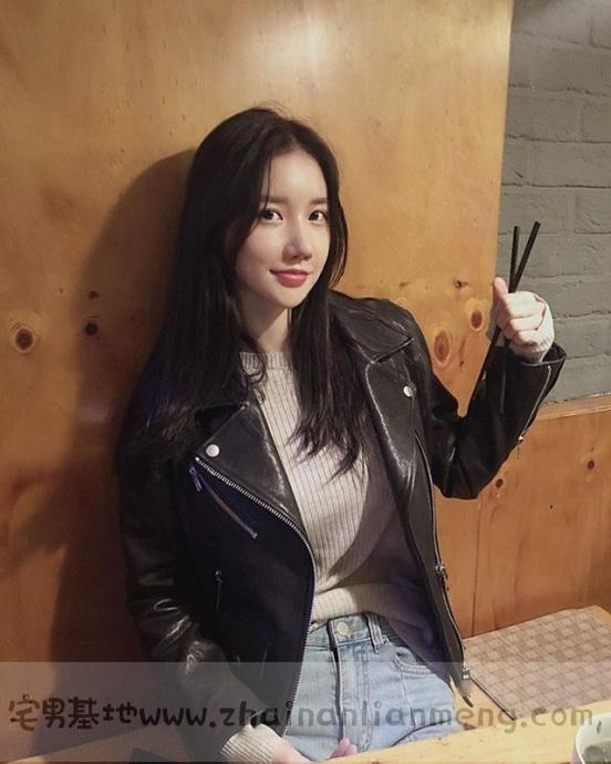 韩国美少女DJ MIU,皮肤白皙身材饱满笑容甜美,最重要的是超胸猛!插图(10)