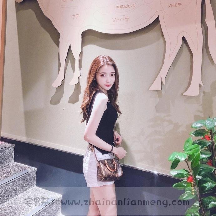 家X福百货店碰到「超萌美少女」,长发飘逸柔秀气可爱美讨人喜欢插图9