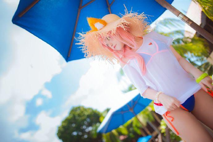 夏日玉藻前cosplay,Miu的阳光草帽与狐狸尾巴插图6