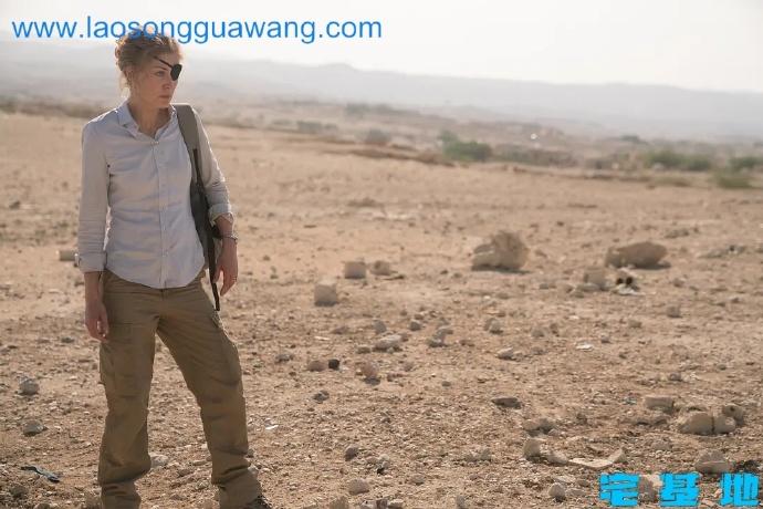 「私人战争」最新电影评价观后感悟剧情解析:信仰,没有的人永不明白插图2