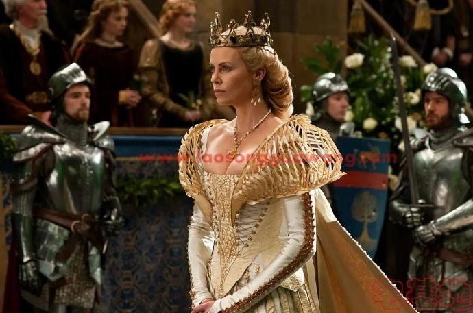 最新电影推荐「白雪公主与猎人」豆瓣影评: 我已经拜倒在黑皇后的乌鸦裙下插图3