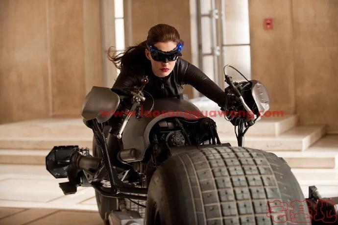 最新电影推荐「蝙蝠侠:黑暗骑士崛起」豆瓣影评:史诗落幕,传奇不朽;漫长黑暗过后,终迎黎明曙光插图3