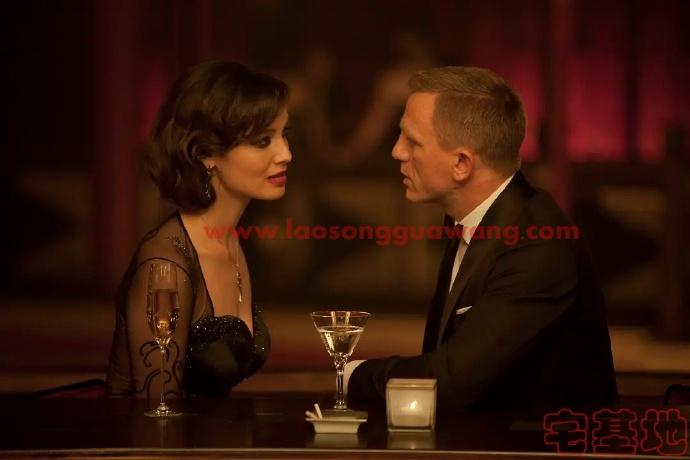 最新电影推荐「007:大破天幕杀机」豆瓣影评:007永远是片头曲和开场戏赞然后越来越烂尾插图2