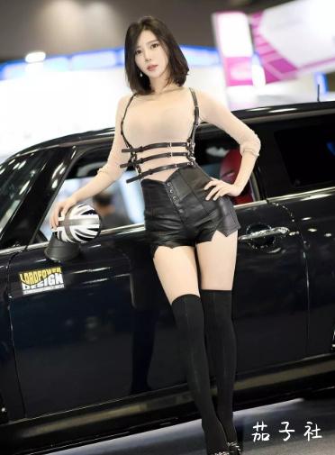韩国车模闵汉娜 充满野性的小皮裤女神 宅男福利 第3张