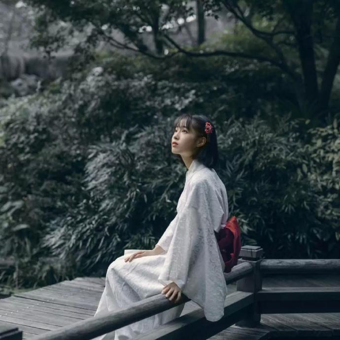 里美尤利娅(小泉彩),近期写真欣赏及近况解密!