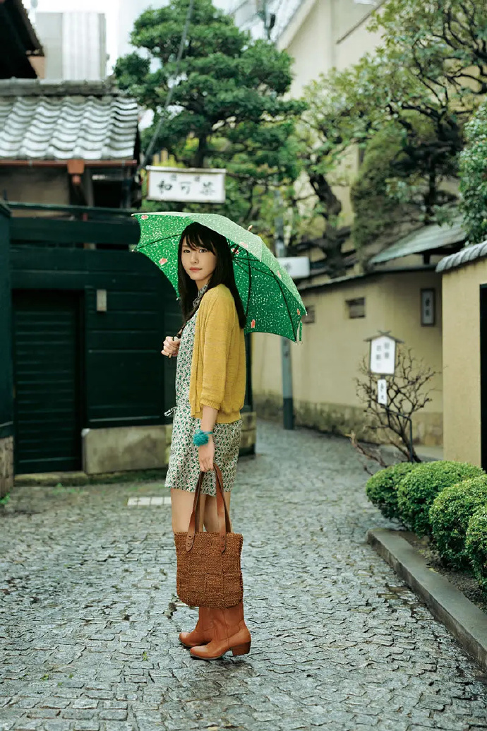 京野结衣的笑容真的甜到腻人