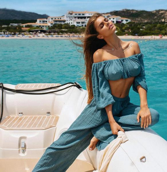 Viki Odintcova模特事业更像是网红模特