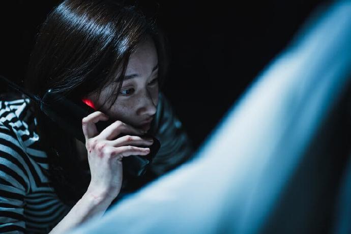《声命线索 The Call》影评心得.跨越时空的电话、不断反转的命运、令人猜不透的结局
