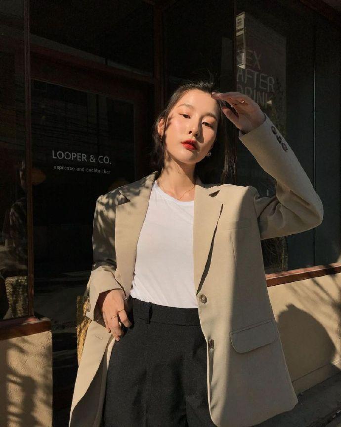 泰国网红Natt Chokejindachai「冷淡小仙女」窜红 网友直呼:太让人印象深刻