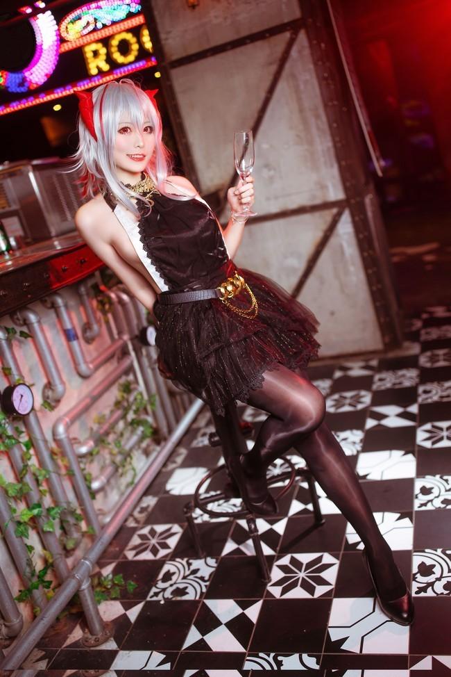 【cosplay】明日方舟W礼服樱岛嗷一图片