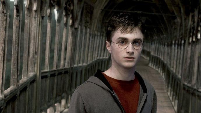 【电影背后】去去眼镜走!本体其实不是眼镜的哈利波特,原来与眼镜有这些恩恩怨怨
