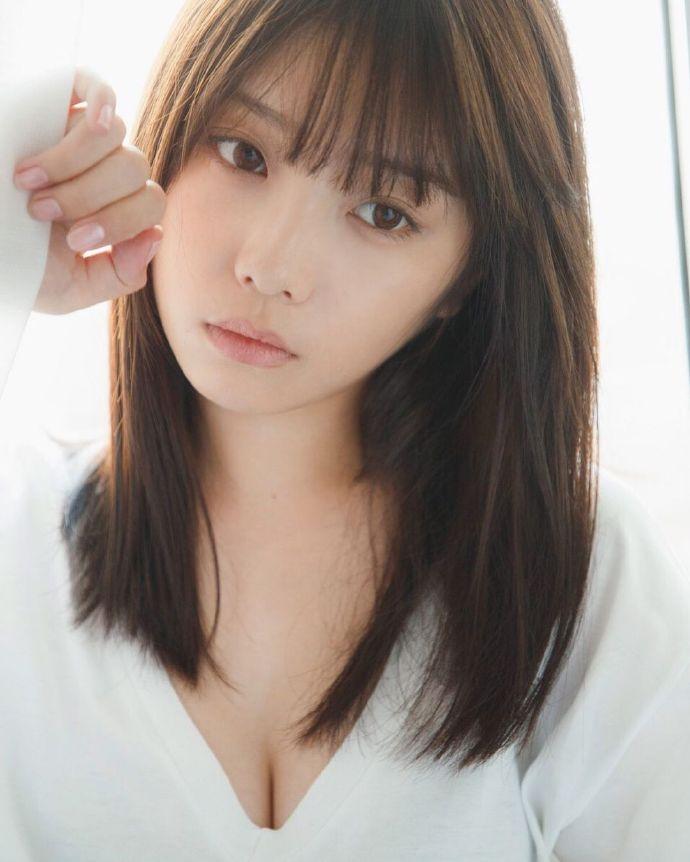 乃木坂46第一美胸之19岁与田祐希写真最强 网络美女 第6张