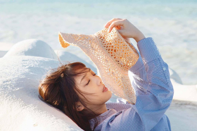 乃木坂46第一美胸之19岁与田祐希写真最强 网络美女 第4张