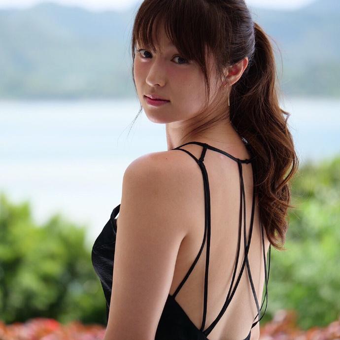 2021年必买月历,深田恭子公布写真月历 网络美女 第4张