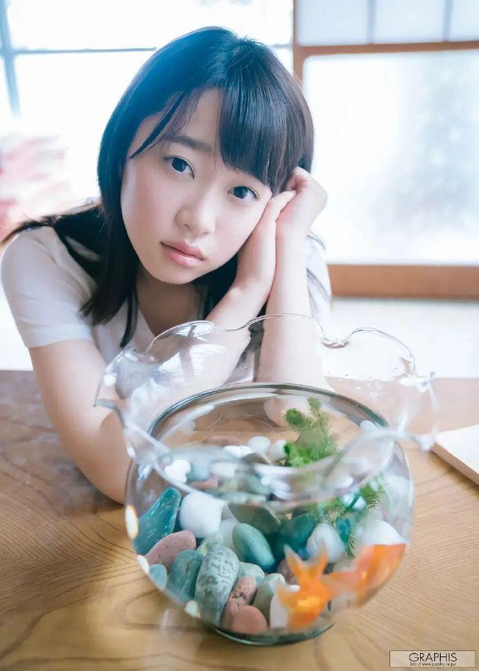 架乃ゆら(架乃由罗)2021新作品SSNI-991:表妹与哥哥在桌下··· 雨后故事 第4张