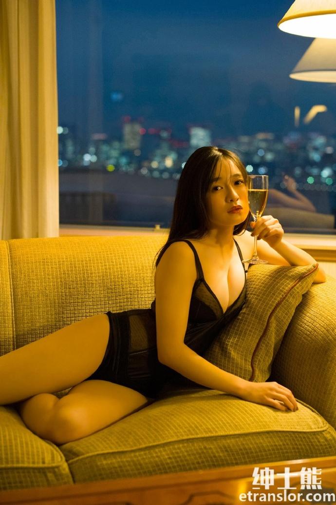 化身小女人的21岁美少女早川渚纱写真照片 网络美女 第24张
