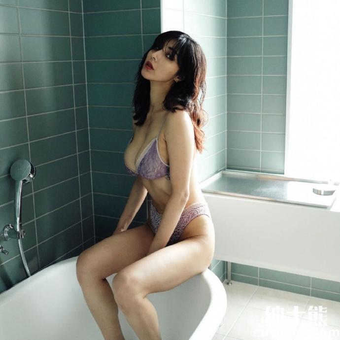 电影《让我听见你的声音》女主渡边万美近日晒出写真照片 网络美女 第6张