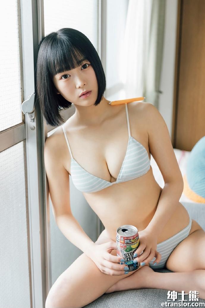 女团队长中川美优首次挑战泳装写真 网络美女 第3张
