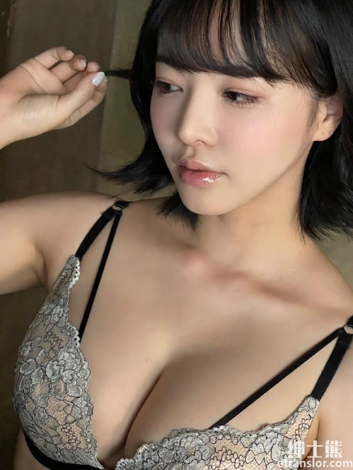 短发女上司三宫つばき(三宫椿)在这部夜店作品中SSIS-032 雨后故事 第5张