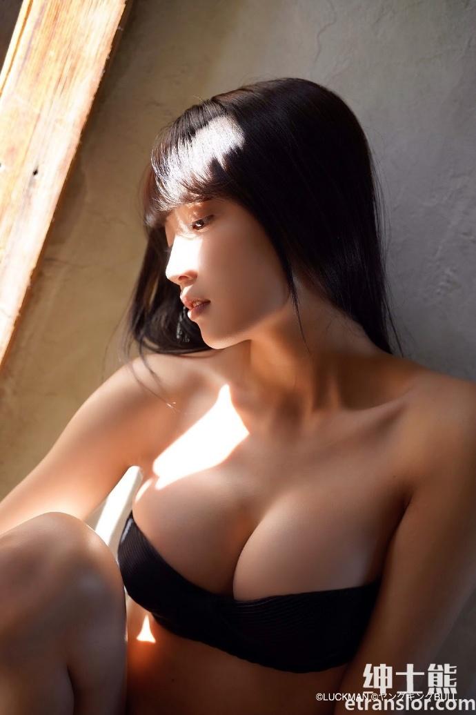 混血女孩黑木光进军写真界被誉为神之美少女 网络美女 第8张
